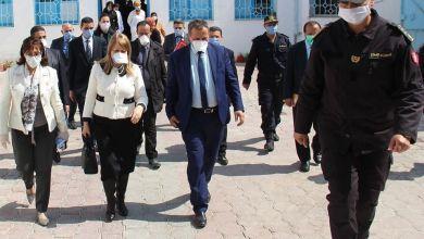 Photo of الهيئة العامة للسجون والإصلاح تخصص 7 ورشات لصناعة الكمامات