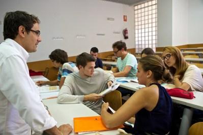 turismo idiomatico learn spanish in Alicante city beach