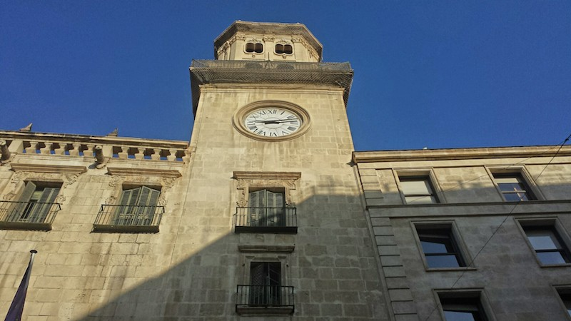Torre del Ayuntamiento/ Tower of the City Council