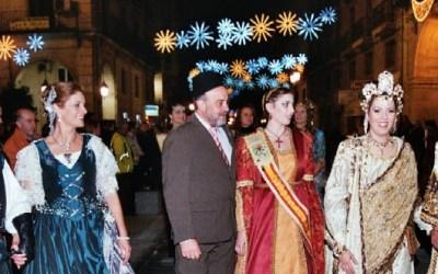 6 de desembre Festa de Sant Nicolau i gran Desfilada de Moros i Cristians