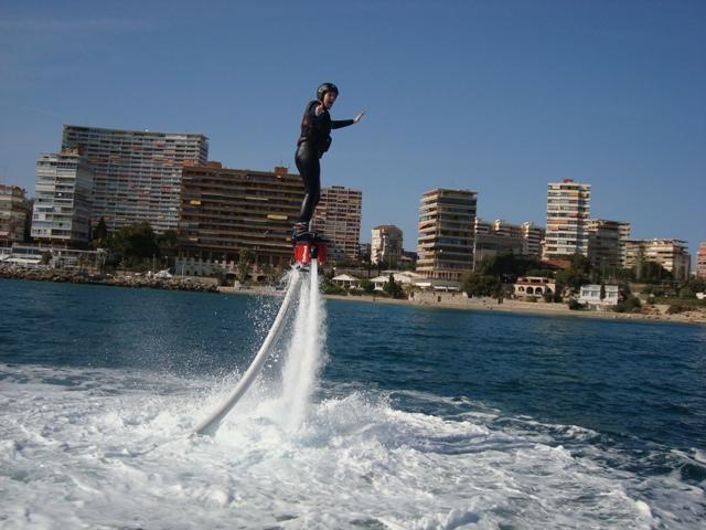 Flyboard en lancha rápida