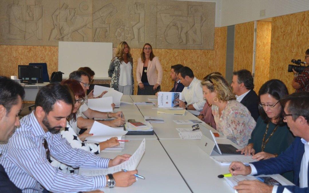 El Ayuntamiento abre la puerta a medidas de reordenación urbanística para ajustar la regulación de las viviendas turísticas