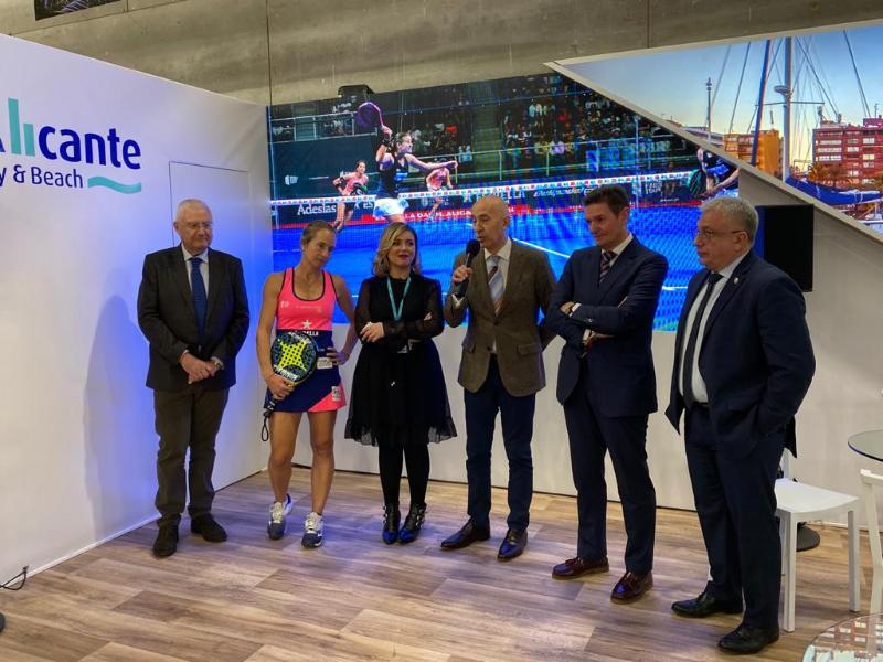 El Ayuntamiento de Alicante presenta en FITUR el torneo World Padel Tour como reclamo turístico internacional