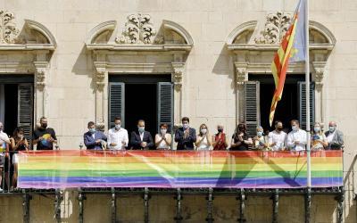 La vicealcaldesa de Alicante abre la semana LGTBI reivindicando los derechos de las mujeres lesbianas, bisexuales y transexuales
