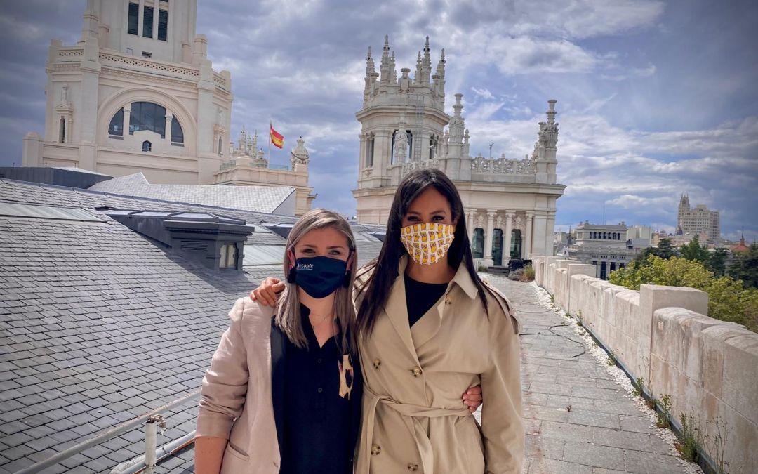 La vicealcaldesa Mari Carmen Sánchez se reúne con Begoña Villacís para diseñar acciones de promoción turística