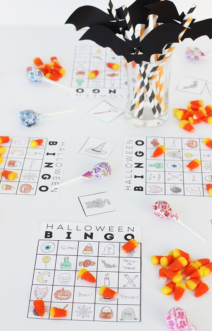 Download and print this free hand-drawn Halloween Bingo game for the kids. Perfect Halloween game!