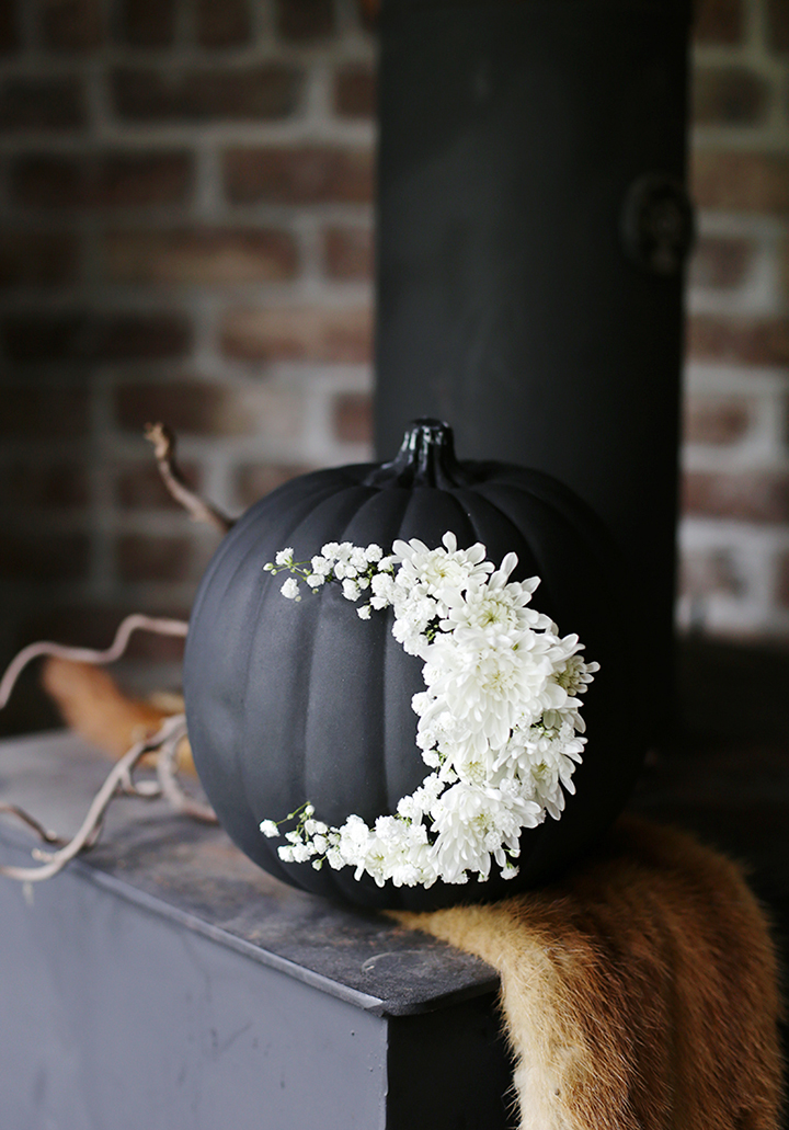 Such a beautiful fresh floral pumpkin from The Merrythought