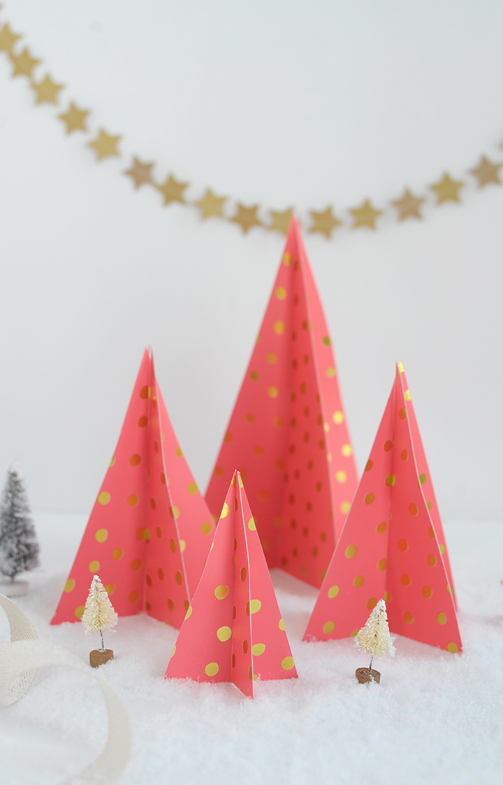 Make these modern paper Christmas trees