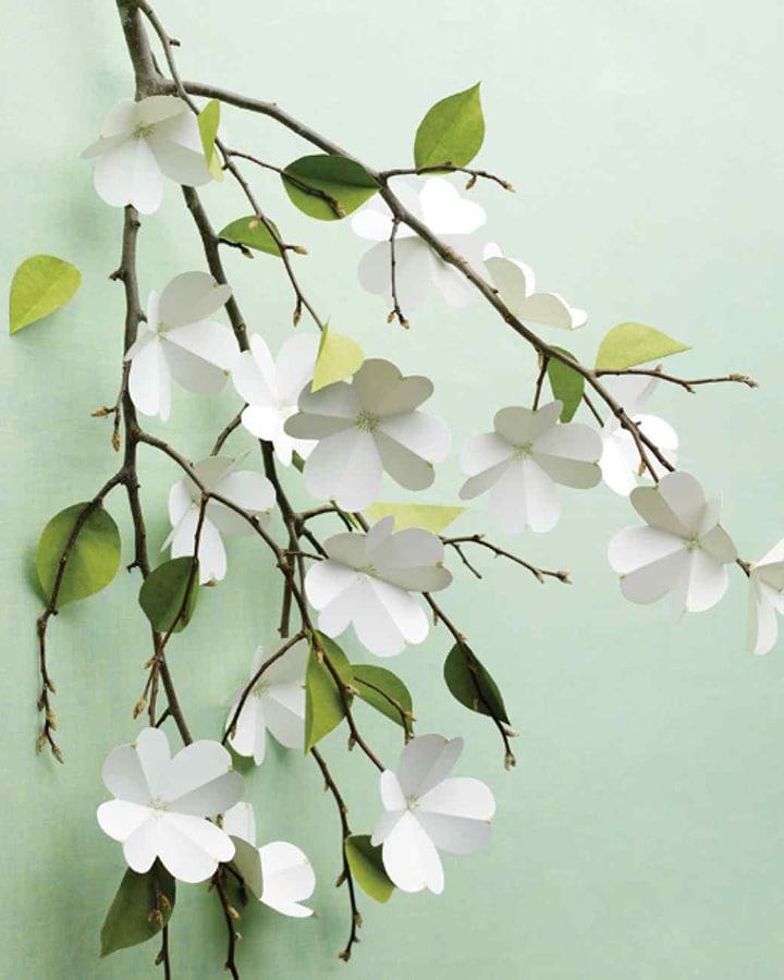diy paper dogwood flowers
