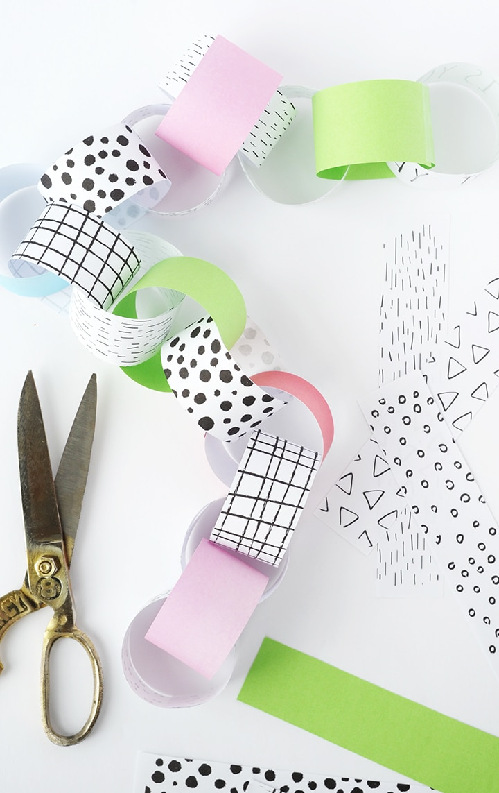 The most fun way to count down the days before your birthday! Use this DIY Birthday Countdown Paper Chain Free Printable to celebrate!