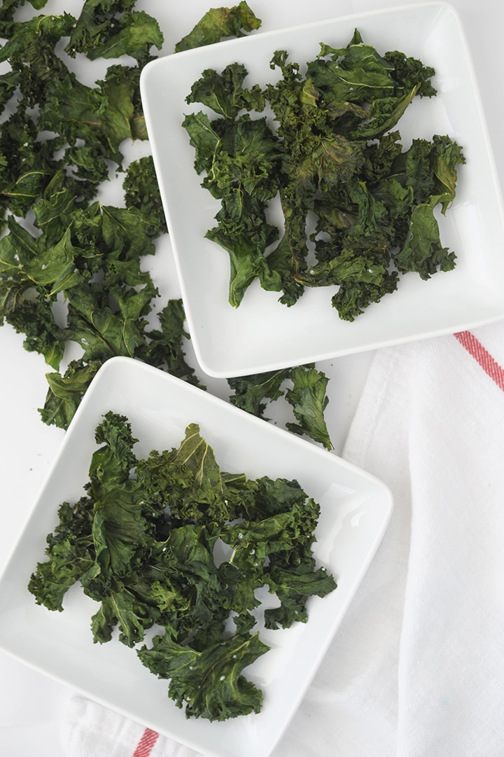 This is the easiest and Best Kale Chips Recipe to try! Kids love these healthy chips.