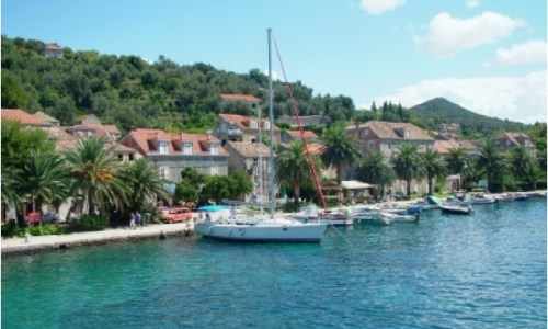https://whereaboutsholidays.com/microadventures/sailing-microadventure