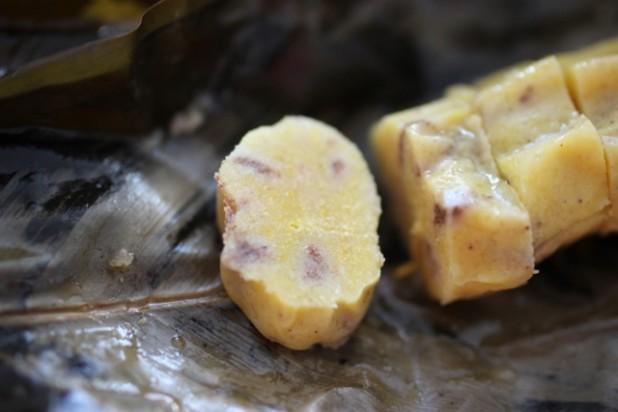 Le Nkonda (pain de manioc à la pâte d'arachide)