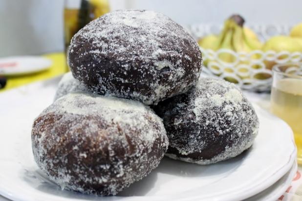 LEFOMBO (DONUTS) AU CHOCOLAT