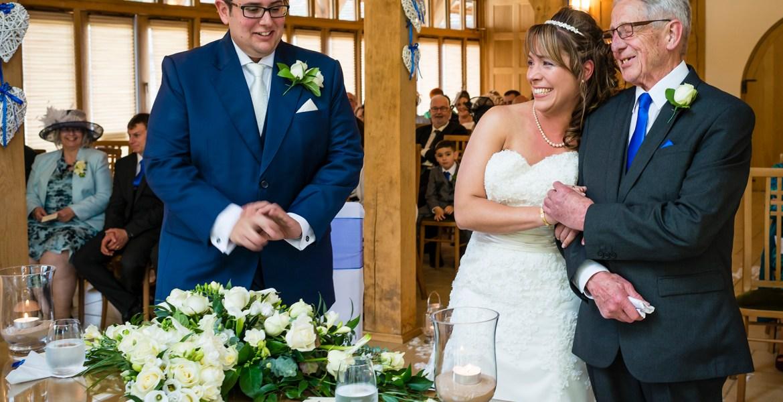 Documentary wedding photography give away
