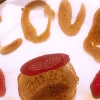 """Café da manhã de Valentine's Day da família """"Doriana"""""""