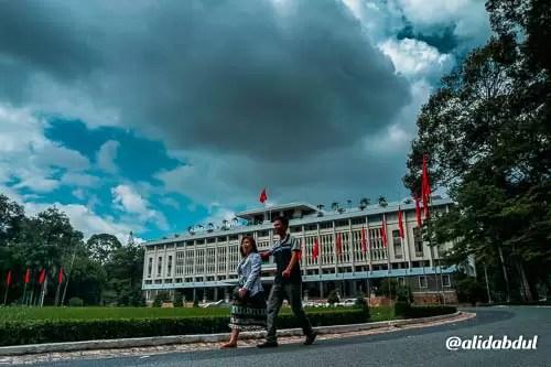Jalan jalan di Ho Chi Minh City Alid Abdul