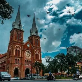 Jalan jalan di Ho Chi Minh City Alid Abdul 7