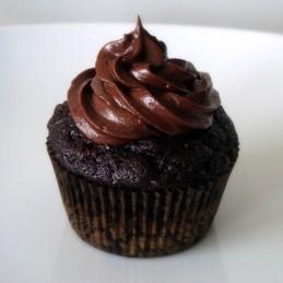 Chocolate Zucchini Cupcakes {Alida's Kitchen}