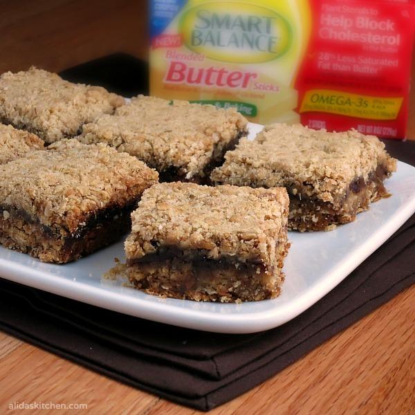 healthier easy date bars | www.alidaskitchen.com | #smartcookie #ad