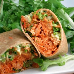 Avocado Buffalo Chicken Wraps | alidaskitchen.com #recipes #SundaySupper #WeekdaySupper