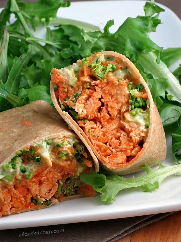 Avocado Buffalo Chicken Wraps | alidaskitchen.com #recipes #SundaySupper #WeekdaySupper