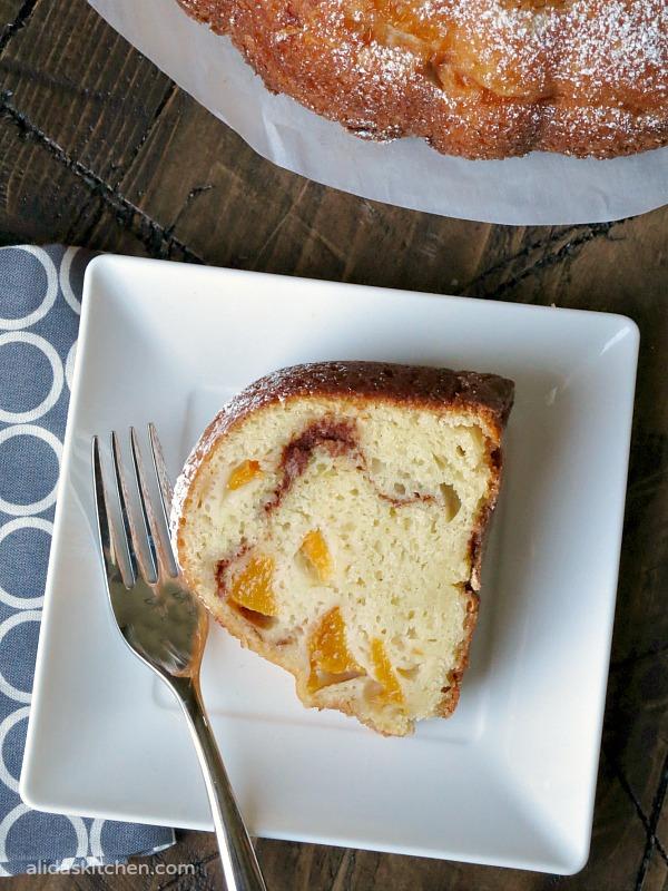 Peach Buttermilk Bundt Cake | alidaskitchen.com