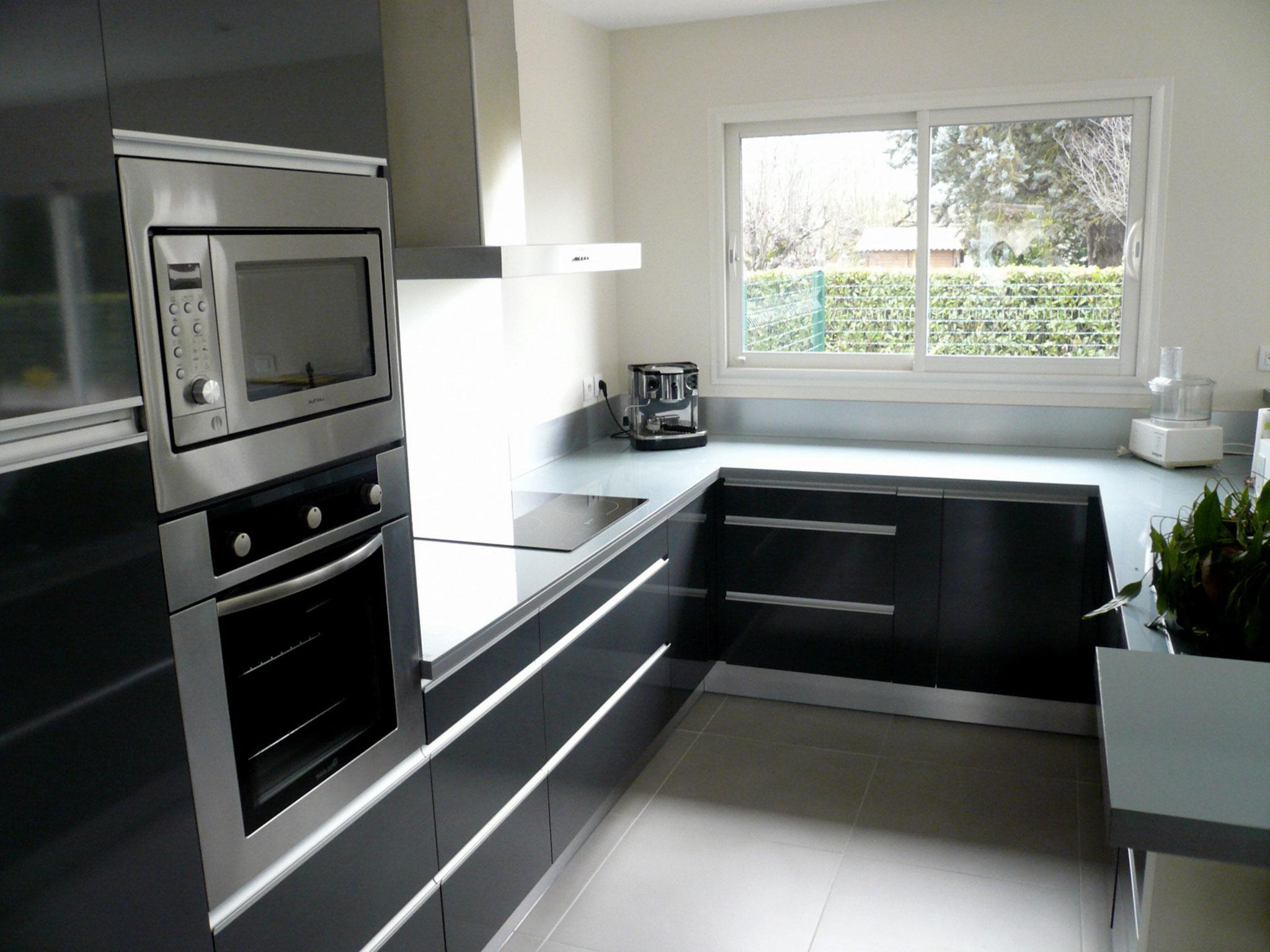 cuisine gris et noir