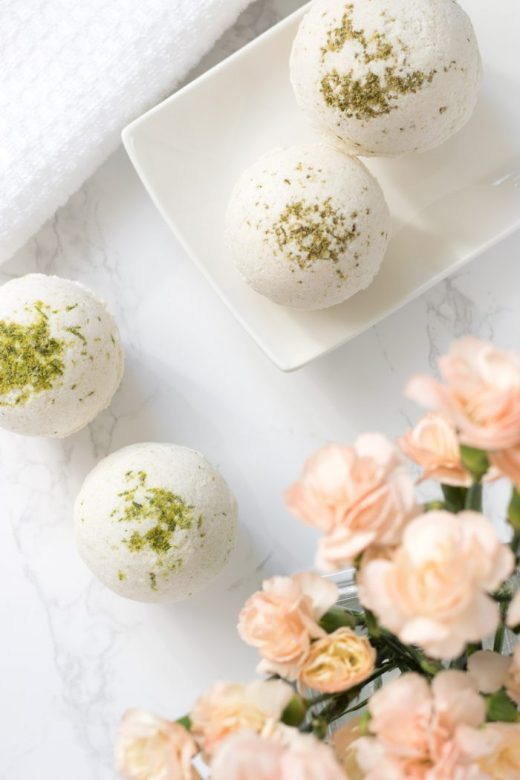 DIY bath bombs that smell like cola