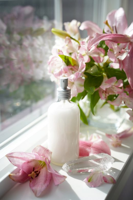 DIY shimmer setting spray on windowsill