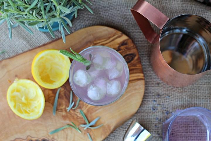 Lavender gin & cloudy lemonade