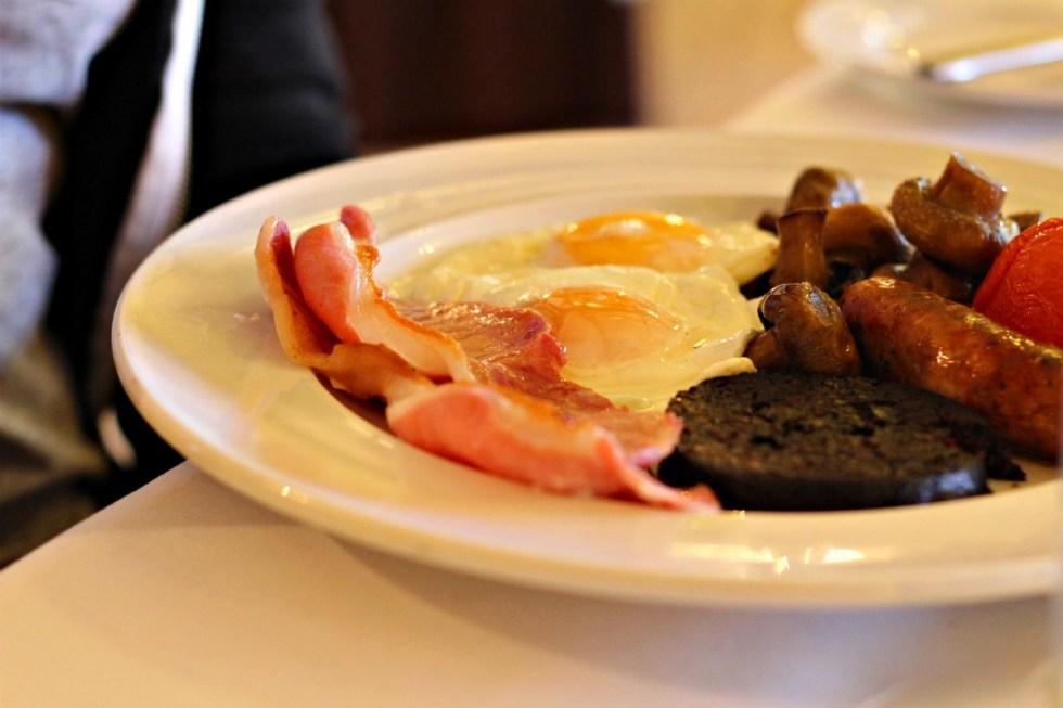 breakfast at oxpasture hall