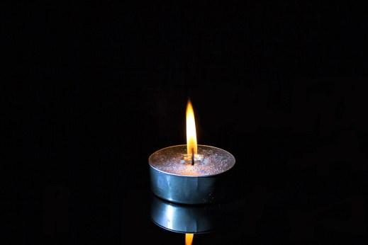 candle-2651278_1920