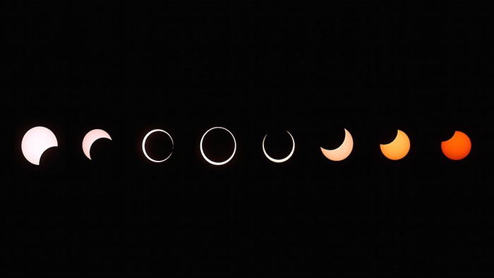 eclipse align center