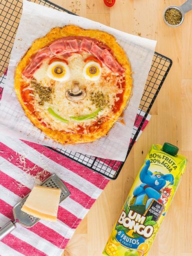 Pizza divertida com um bongo