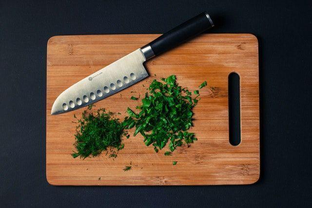 cuchillo dieta crudivegana