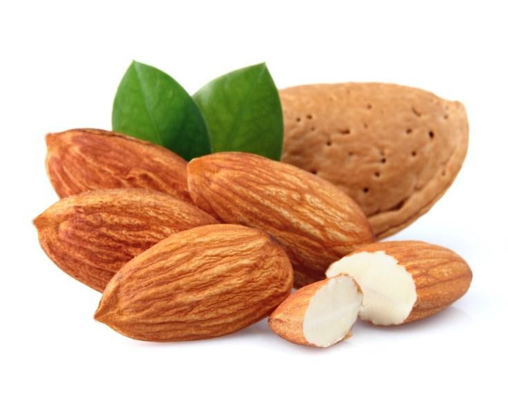 almendras entre los mejores frutos secos
