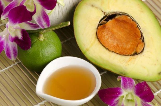 Mascarilla casera de aguacate y miel súper hidratante