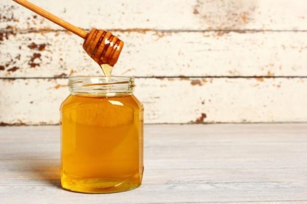 enzimas de los alimentos - miel natural rica en enzimas
