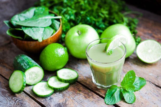 zumos caseros con pepino y manzana
