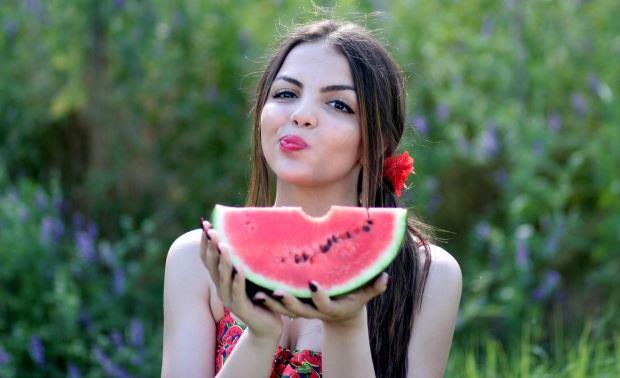 Vitaminas y minerales esenciales para combatir el calor en verano