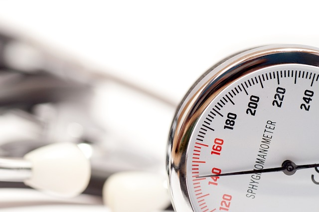 ¿Puede el dolor neuropático causar presión arterial alta?