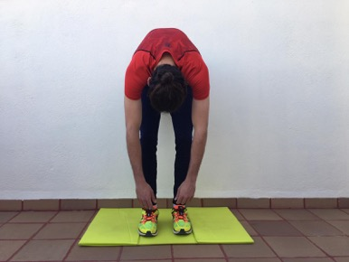 Ejercicios de movilidad artícular: Relajación de toda la cadena posterior