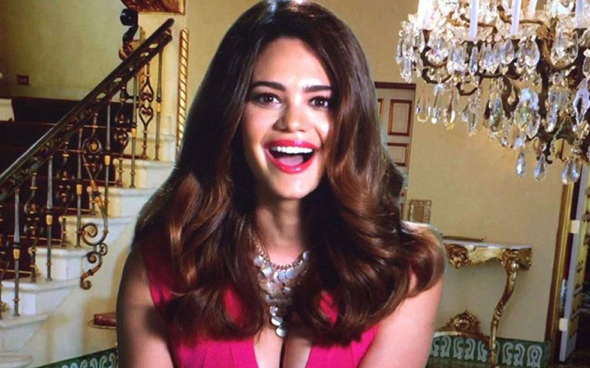 Alina Robert, belleza latina