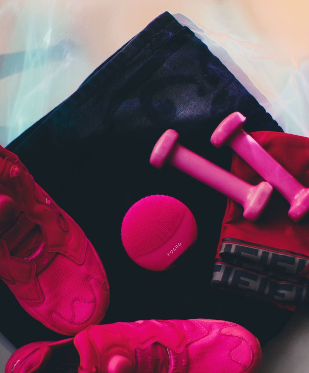 FOREO LUNA mini 3 review – the perfect device for cleansing face after workout