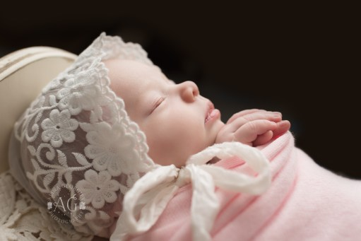 Dallas-Newborn-Photographer-Chiara-3