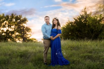 Plano-Maternity-Photographer-maternity-session-studio200011