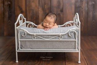 Plano-Newborn-Photographer-Baby-Gideon-2