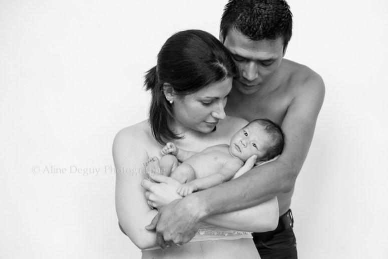 Photo naissance, famille, studio, nouveau-né, parents, séance photo, Paris, 92, Nanterre