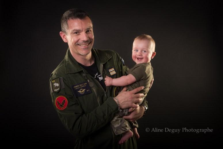 photo, bébé, papa, armée de l'air, famille, studio, Nanterre, Paris